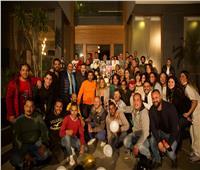 أسرة «حرب أهلية» تحتفل بعيد ميلاديسرا | صور