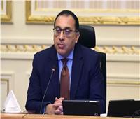 رئيس الوزراء يستقبل نظيره السوداني بمطار القاهرة