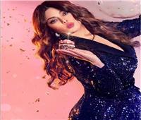 هيفاء وهبي تحتفل بعيد ميلادها بتفجير الشموع