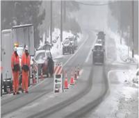 عاصفة المحيط الهادئ تجلب الأمطار والثلوج إلى كاليفورنيا|فيديو
