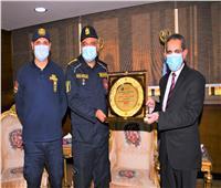 الحماية المدنية تكرم محافظ الغربية في اليوم العالمي للدفاع المدني