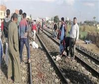 مصرع شاب تحت عجلات قطار بقرية «الحلة» بجنوب الأقصر