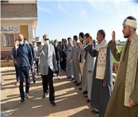 محافظ أسيوط يقدم واجب العزاء في ضحايا حادث غرق سيارة بنهر النيل