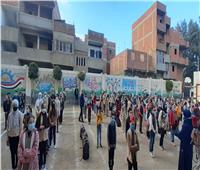 عزوف طلاب المدن وإقبال متوسط على مدارس القرى في أول أيام الدراسة
