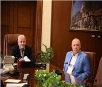 محافظ بورسعيد يُهنئ «أبوريدة» لاحتفاظه بعضوية مكتب تنفيذي «الفيفا»