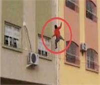 رفض زوجها رؤية طفلها.. فانتحرت من الطابق الـ13 بالإسكندرية