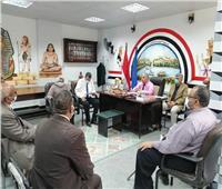 وكيل «تعليم أسوان» يترأس لجنة مقابلات أعضاء المتابعة وتقويم الآداء