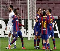الشوط الأول| برشلونة يتقدم بهدفي «ميسي وجريزمان» أمام هويسكا