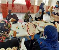 دورة تدريبية في مجالي التطريز وأعمال الخشب بمركز شباب الهياتم
