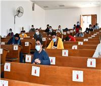 11827 طالباً يؤدون الامتحانات اليوم بجامعة القناة