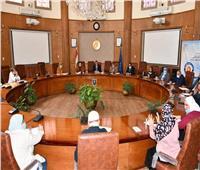 جامعة قناة السويس تعقد اجتماعا لمجلس التعليم والطلاب