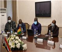 وزير التعليم يبحث سبل التعاون مع وزير خارجية جمهورية غينيا