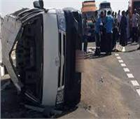 """إصابة 7 في انقلاب سيارة ميكروباص بطريق """"قنا - سفاجا"""""""
