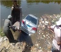 انتشال جثمان الطفلة «ايلين» ضحية انقلاب سيارةبترعة المنصورية بأجا