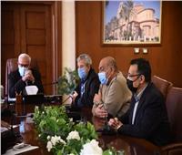 محافظ بورسعيد يتابع ملف مخالفات البناء بحي الضواحي