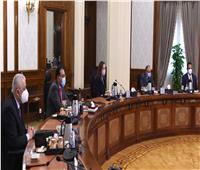 رئيس الوزراء يستعرض مقترح الخطة الاستثمارية لوزارة التربية والتعليم