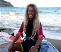 «لم تظهر جثتها».. تفاصيل جديدة في غرق أشهر راكبة أمواج بالجزائر