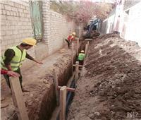 مد شبكة الصرف الصحي بشوارع قرية دمشير