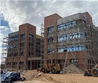 وزير التعليم العالي يستعرض تقريرًا ميدانيًا لمتابعة مشروعات جامعة مطروح