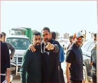 أمير كرارة ينشر صورة برفقة المخرج محمد سامي: «صاحبي الجامد»