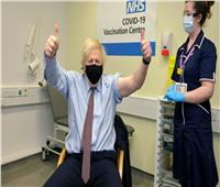 رئيس وزارء بريطانيا يتلقى جرعته من لقاح كورونا