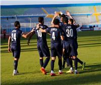 الكاف يعلن موعد وحكام مباراة الرجاء المغربي وبيراميدز