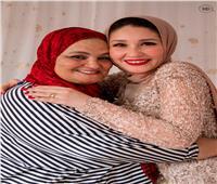 الأم المثالية بجنوب سيناء.. مدرسة عملت بالخياطة لمواجهة أعباء الحياة