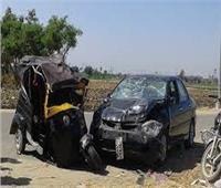 إصابة ٣ فى تصادم سيارة وتوك توك بسوهاج