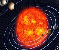 الأقمار الصناعية ترصد انبعاثًا شمسيًا إلى الفضاء