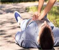 وفاة شاب بسكتة قلبية أثناء مشاجرة في البساتين