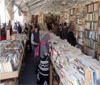 فيديو  سور الأزبكية معرض مفتوح للكتب النادرة يتحدى الإنترنت