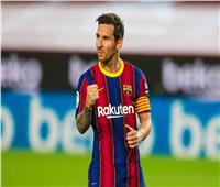 شاهد | «ميسي» يصل للهدف رقم 700 مع برشلونة