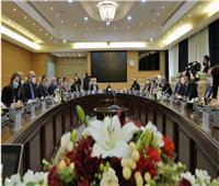 رئيسا وزراء مصر والأردن يشهدان التوقيع على 7 وثائق لتعزيز التعاون