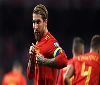 «راموس» يستعد لتحطيم رقم أحمد حسن «عميد لاعبي العالم»