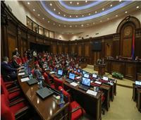 البرلمان الأرميني يعلن إلغاء «حالة الحرب»