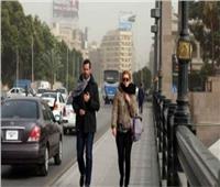 الأرصاد تحذر المواطنين من تخفيف الملابس و البرد .. فيديو