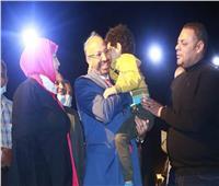 النائب حسام المندوه يطالب وزارة التضامن بدعم طفل يعيش بلا أنف أو عينين