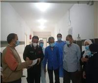 وكيل «صحة قنا» يتفقد مستشفى الوقف المركزي للاطمئنان على مرضى كورونا