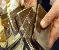 «كوكتيل» مخدرات بحوزة 7 متهمين في أسوان