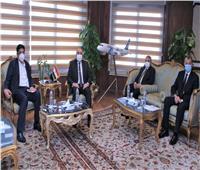 وزير الطيران المدني يلتقي وزير الحج والعمرة بالمملكة العربية السعودية