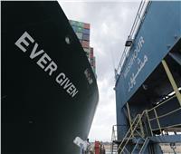 قبرص تدفع بونش عائم للمساهمة في تعويم السفينة الجانحة