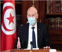 قيس سعيد يندد بلقاءات مسؤولين تونسيين مع أجانب