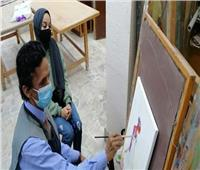 التدريب على الرسم والتلوين بألوان الزيت ب«ثقافة المنيا»..صور