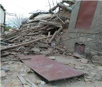 انهيار عقار بسبب أعمال هدم منزل بجواره بالمنيا