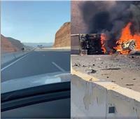 شاهد لحظة انتحار فتاة على طريق الجلالة في «حادث مروع» وانفجار سيارتها