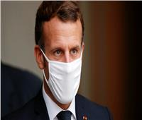 ماكرون: استراتيجية فرنسا لمكافحة كورونا لن تتغير في الوقت الراهن