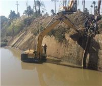 حملات لتطهير الترع والمصارف لضمان وصول المياه بأسيوط