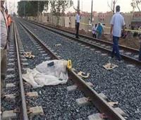 «بعد سقوطه وبتر قدميه».. مصرع شاب أسفل عجلات القطار في شبرا