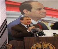 وزير القوى العاملة يسلم ٥٠٠ وثيقة تأمين للعمالة غير المنتظمة في الشرقية