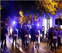 الشرطة الإسبانية تداهم حفلات غير قانونية في مدريد.. فيديو